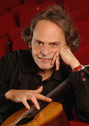 Roland Dyens, guitariste international Professeur au CNSMDP